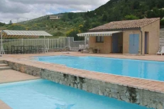 gite provencal drome piscine couverte